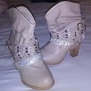 Shoes - Boots cowgirl short western bling booties